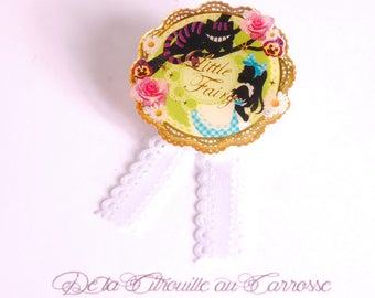 Brooch, Alice, Chesire cat, fairytale, apple green, pink rose