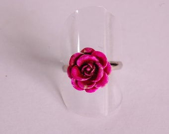 Raspberry and purple 3D flower ring