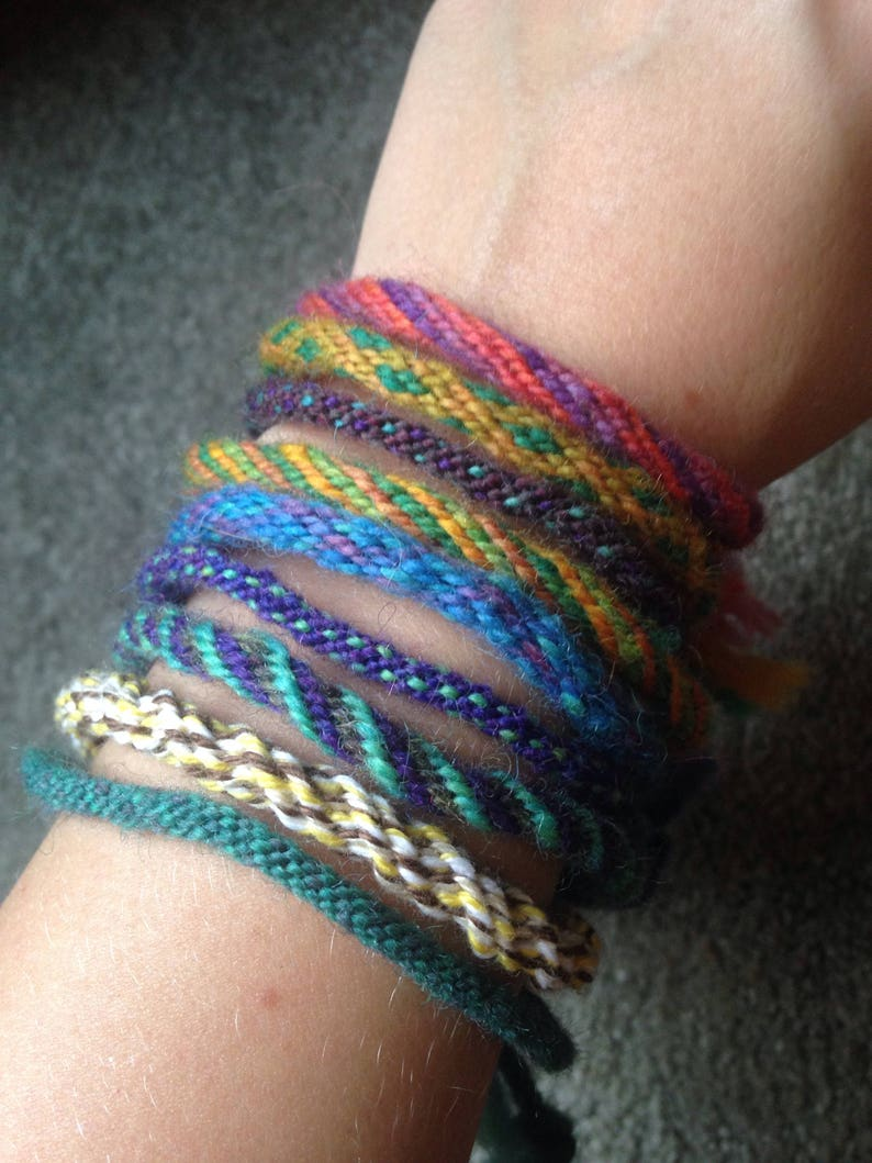 74219a8ee6f79 Handmade adjustable woven yarn bracelet