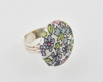 Adjustable fabric ring