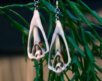 Vtg Seashell Dangle Earrings Sterling Silver Hooks