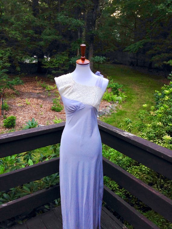 Vtg 40s Nightgown Periwinkle Blue, Size S