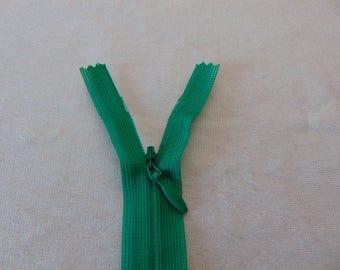 Zipper closure, invisible, jungle green (Y-540)