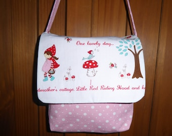 Girl pink polka dot bag
