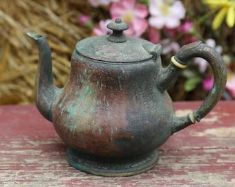 Vintage Copper Coffee Pitcher Pouring, Tea pitcher, Farmhouse, Cottage Country Chic, Decor Enamelware, Kitchenalia, Garden planter