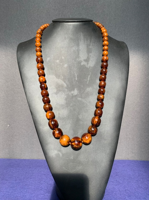 1940s Caitlin Bakelite Chocolate marbled necklace