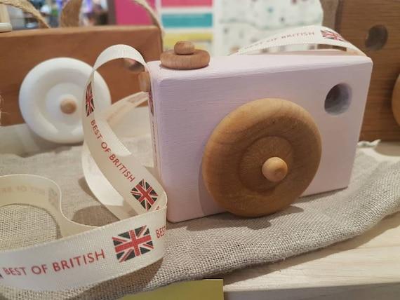 Camere Montessoriane : Wooden toy camera handmade waldorf montessori play pink oak etsy
