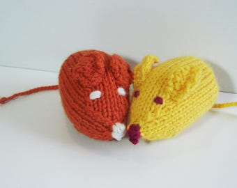 Knitted mouse - handmade - Orange and yellow