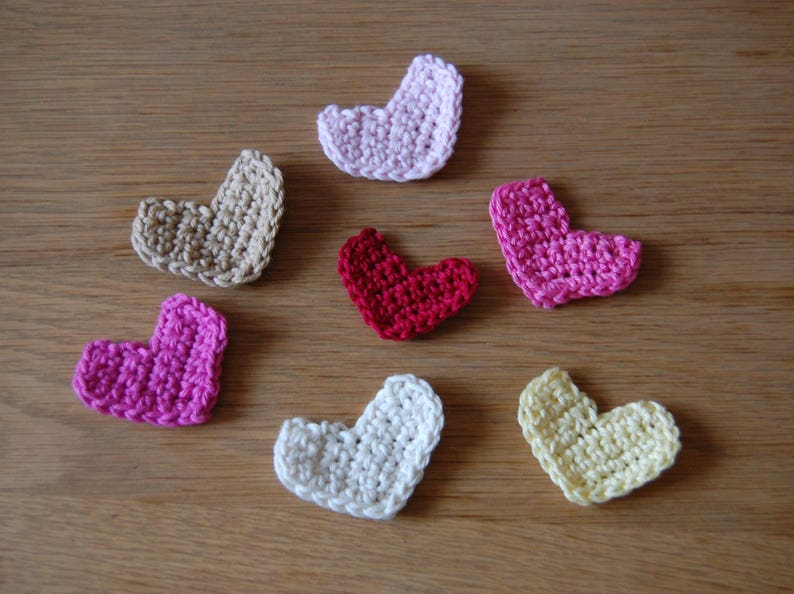 Crochet pattern with tutorial for a simple heart applique etsy