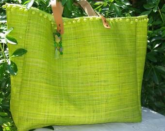 Large VAIANA bag in natural green rabane