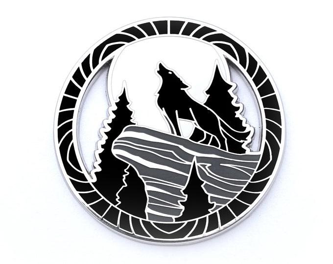 Encircled Wolf Pin - Hard Enamel