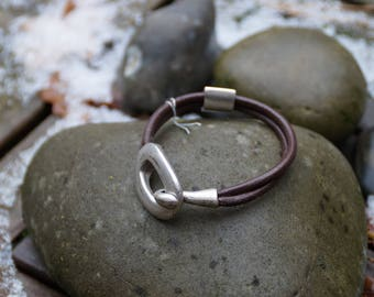 Mens leather bracelet and European silver