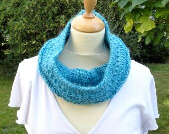 Snood femme au crochet bleu, tour de cou, écharpe, tour de cou turquoise c4df1beafb4