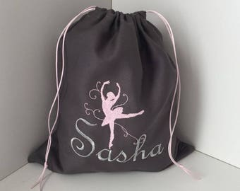 Customizable embroidered cotton pouch first name and dancer motif size 25X30cm