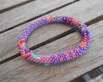"Crochet bangle bracelet and pearls ""Leonardo"""