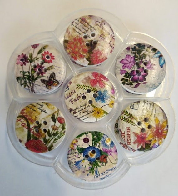 Flowers - assorted wood buttons