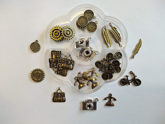 Steam Punk box flower 35 charms