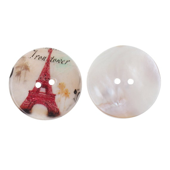1 round 30 mm mother of Pearl with paris motif buttons