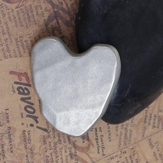 metal - hammered heart motif - 25 mm 1 button