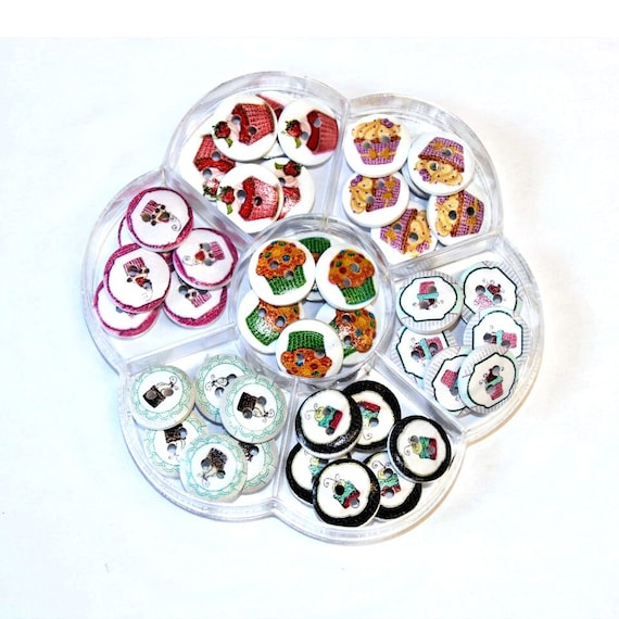 Cup cake - assorted wood buttons