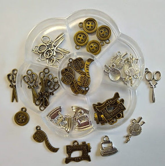 Sewing box flower 35 charms