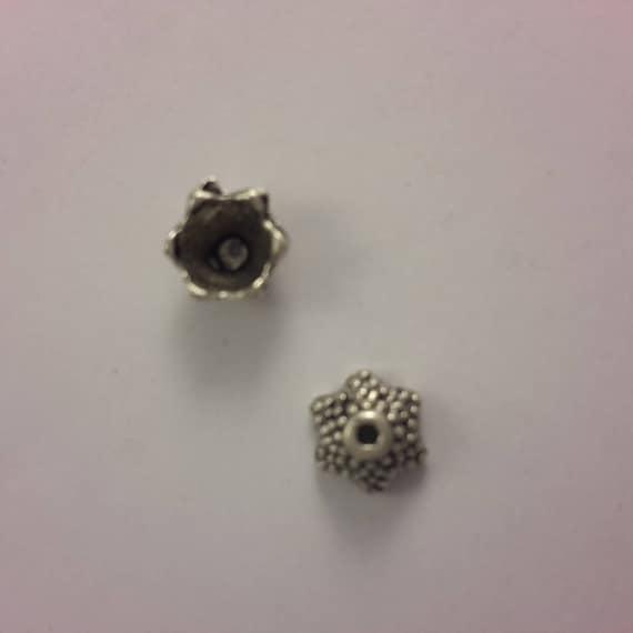 Set of 10 caps - silver color - 8 mm
