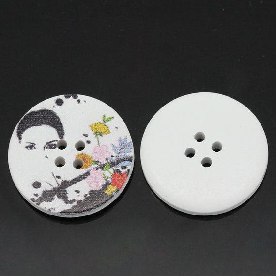 BBR30 - 6 round buttons with colorful wooden 30 mm