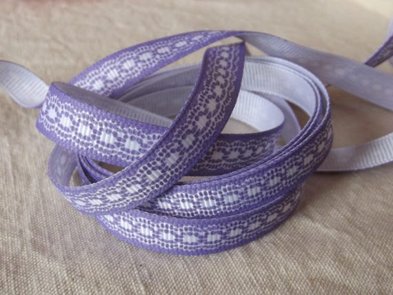 R42 - White embroidery - 10 mm - 2 M effect purple grosgrain Ribbon