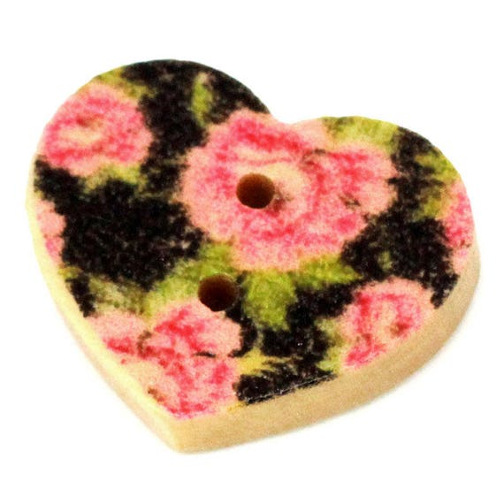 BBF206 - 4 heart shaped wooden buttons