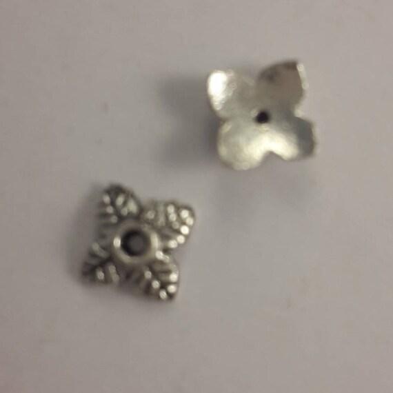 Set of 10 caps - silver color - 5 mm