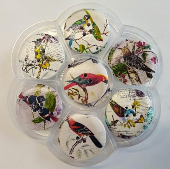 Birds - assorted wood buttons