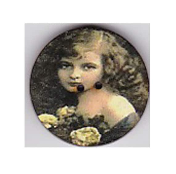 Girl button retro wood handcrafted Princess heart