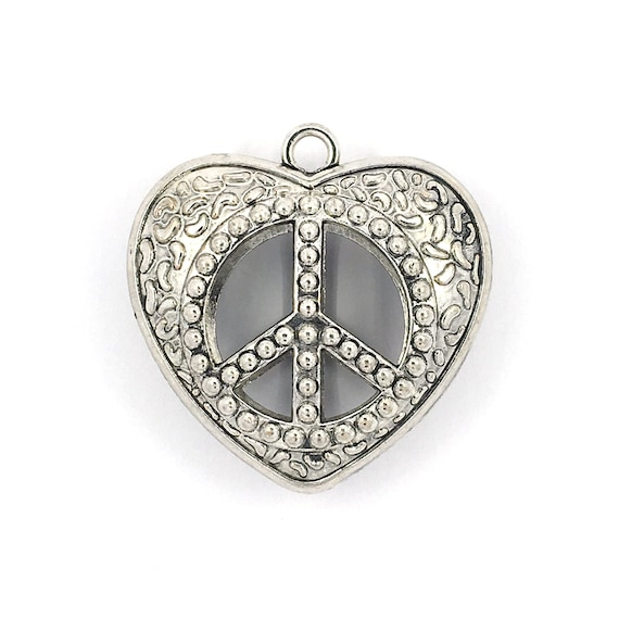 "Great charm - silver colored ""3D heart"""