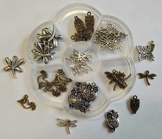 Animals flying box flower 35 charms