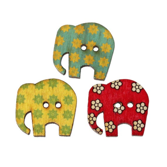 BBF - SET OF 5 BUTTONS WOODEN 30 X 29 MM ELEPHANT PATTERN