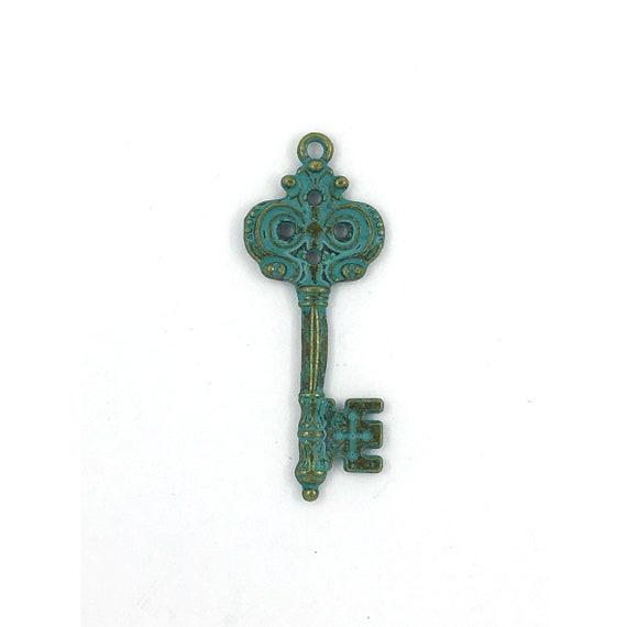 """Grande breloque - couleur argenté """"clef"""""""