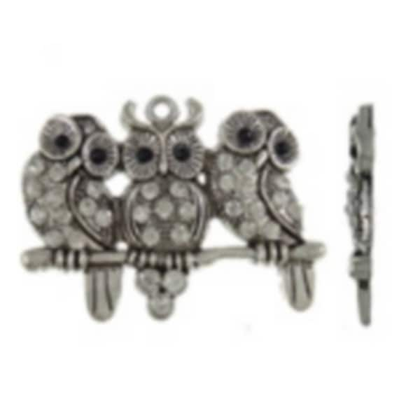 "1 large charm ""triple owls with art"" silver color size 56 x 44 mm"