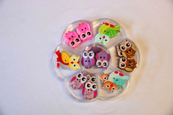 OWL - assorted wood buttons