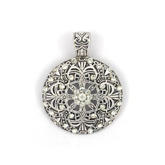 "Great charm - silver tone ""flower"""