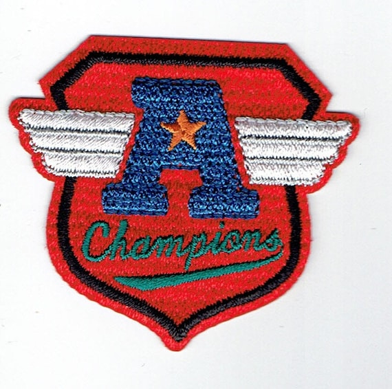 "Patch fusible trend ""champions"" pattern"