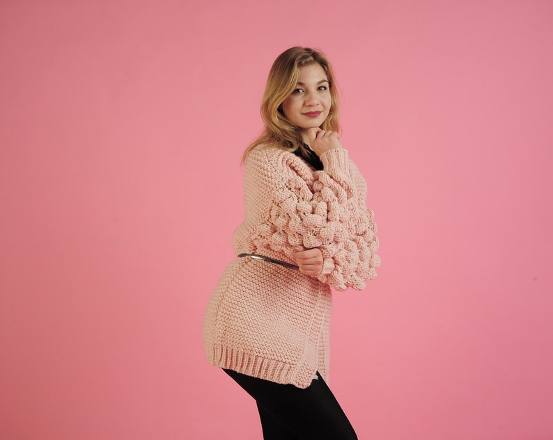 Chunky knit cardigan.Cocoon cardigan.Hand knit cardigan.Pink knit cardigan with free delivery