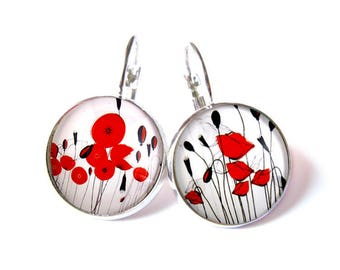 poppy earrings. 20mm glass dome.