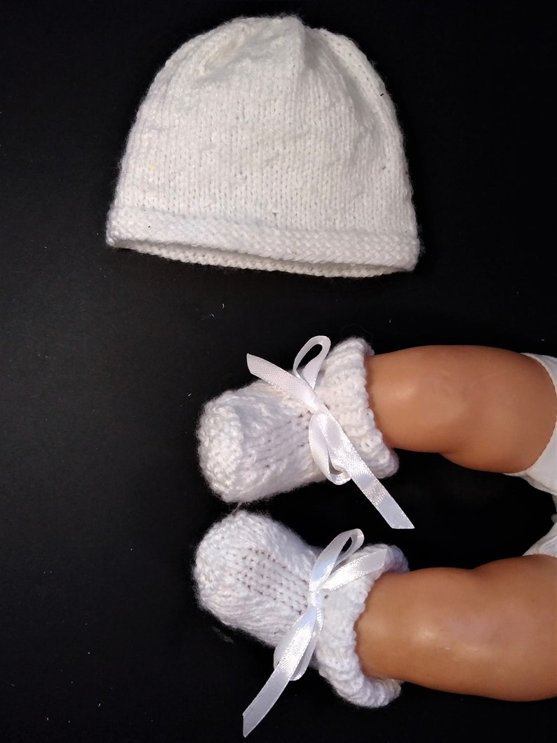 White Prem Early Baby Reborn Hat  Knitted Baby Bow