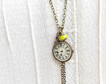 Long necklace retro charm