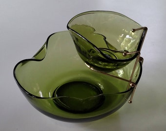 """Vintage Avocado 9"""" Chip & Dip Set with Metal Holder in Accent Modern Forest Green by Anchor Hocking, Green Glass Salad Set, Made in USA"""