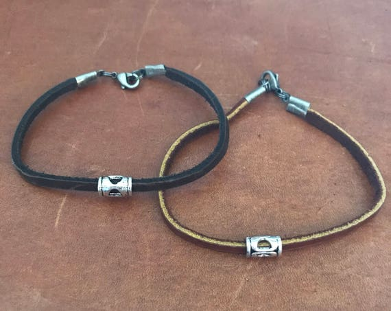 Leather Bracelet Travel Gift Outdoors Gift Brown Black Leather Jewelry Mens Bracelet Husband Boyfriend Dad Gift under 25 Fathers Day Gift