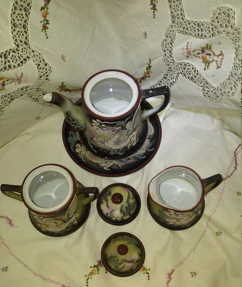 Takito Moriage Dragonware Tea Set - 19 Piece Set + 2 Lids, Vintage Hand  Painted Moriage Flying Dragon Dragonware