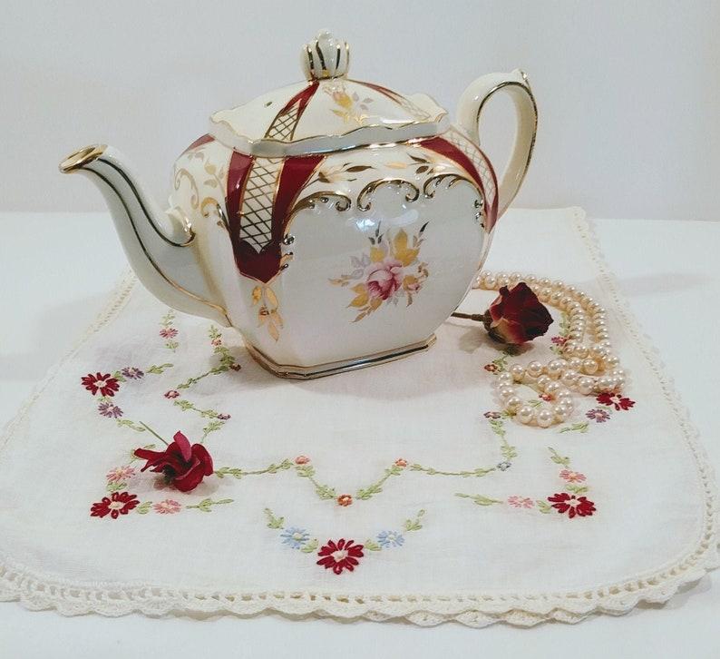 Full Size; Vintage Sadler Teapot Sadler Cube Teapot #2848 Beautiful Vintage Sadler Cube Teapot with Roses and Burgundy and Gold Trim