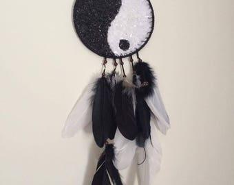Crystal ying and yang hanger