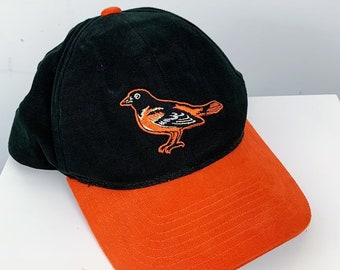 2632c10f93d Vintage 90s Baltimore Orioles MLB Baseball STARTER Brand Snap Back Hat